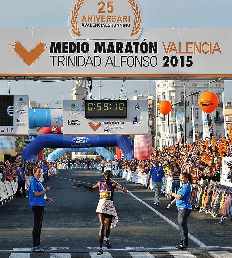 media-maraton-valencia-2015-01
